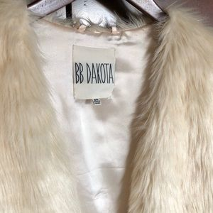 BB Dakota Jackets & Coats - BB Dakota Ivory Fur Vest